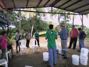 Entrega de Filtros en Justo Romero (4)
